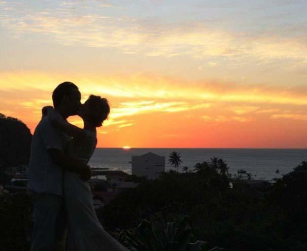 Ζευγάρι παντρεύεται ξανά και ξανά σε όλο τον κόσμο (7)