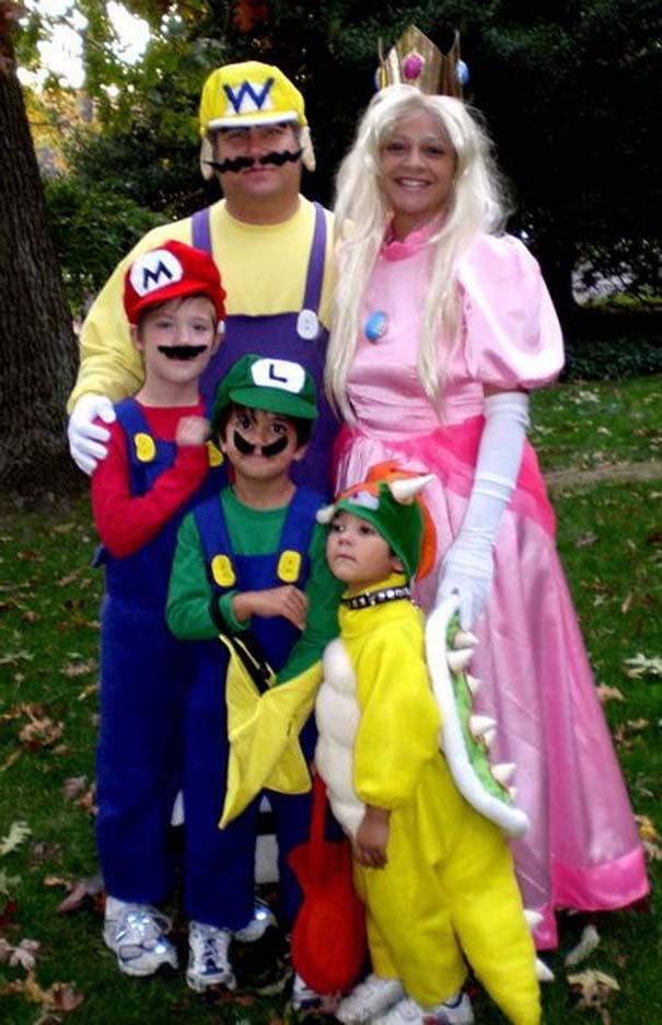 Αποκριάτικες στολές για οικογένειες (1)