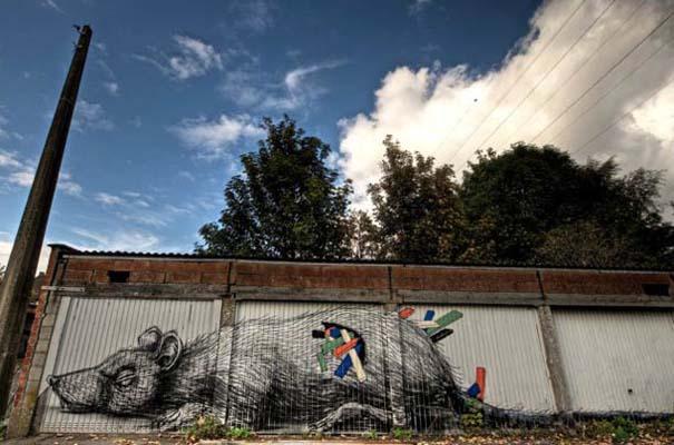 Doel: Το εγκαταλελειμμένο χωριό που παραδόθηκε στην τέχνη του δρόμου (14)