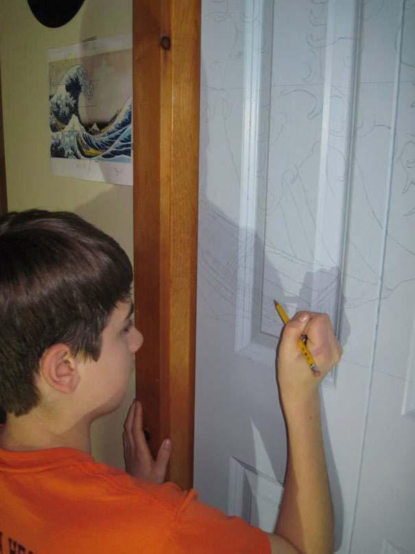 Ένας έφηβος αποφάσισε να βάψει την ντουλάπα του... (2)