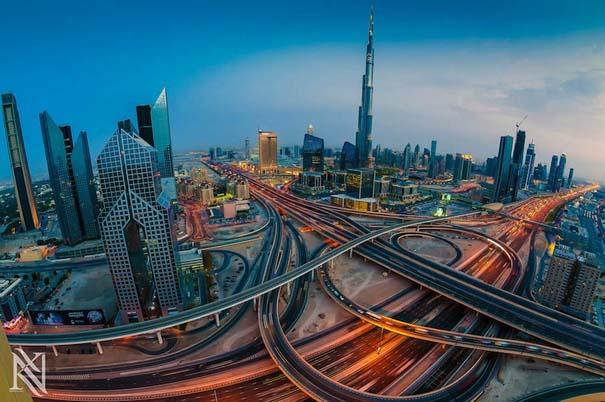 Εκπληκτικές φωτογραφίες από την οροφή κτηρίων στο Dubai (2)