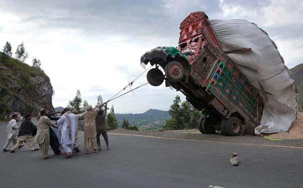 Εν τω μεταξύ στο Πακιστάν (2)