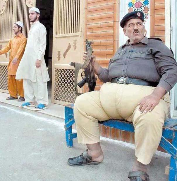 Εν τω μεταξύ στο Πακιστάν (9)