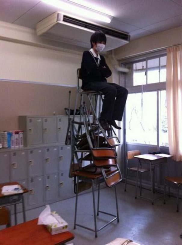 Εν τω μεταξύ, στα σχολεία της Ιαπωνίας... (14)