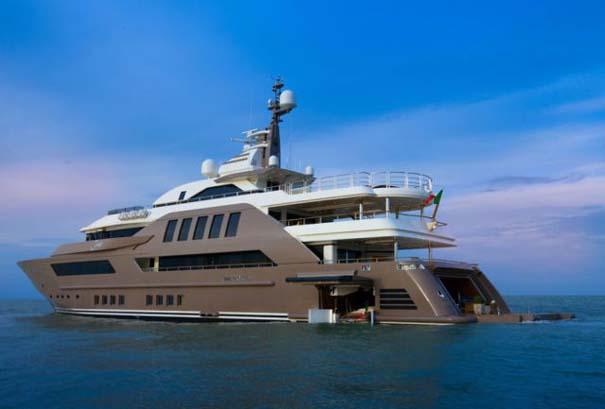 Εντυπωσιακό πολυτελές yacht (2)