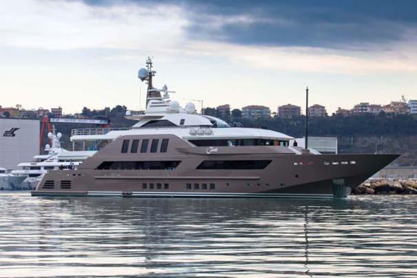 Εντυπωσιακό πολυτελές yacht (3)
