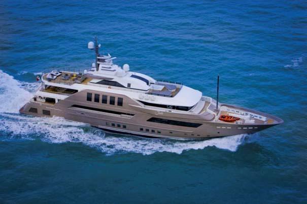 Εντυπωσιακό πολυτελές yacht (4)