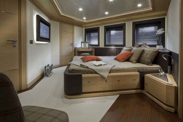 Εντυπωσιακό πολυτελές yacht (12)