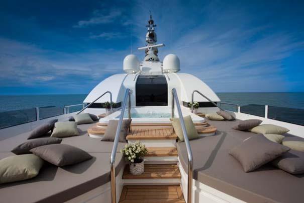 Εντυπωσιακό πολυτελές yacht (21)