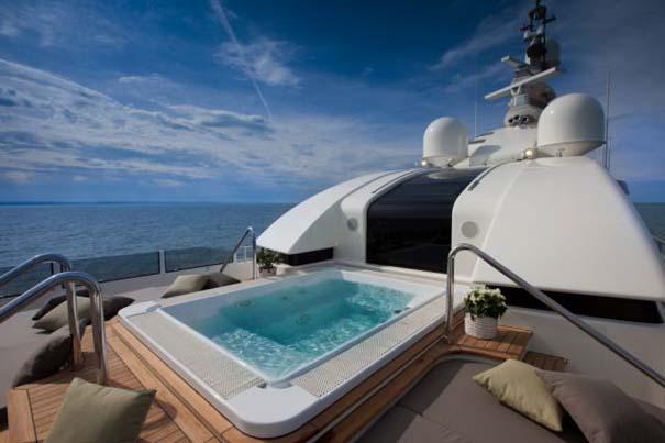 Εντυπωσιακό πολυτελές yacht (22)