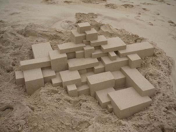 Γεωμετρικά κάστρα στην άμμο από τον Calvin Seibert (15)