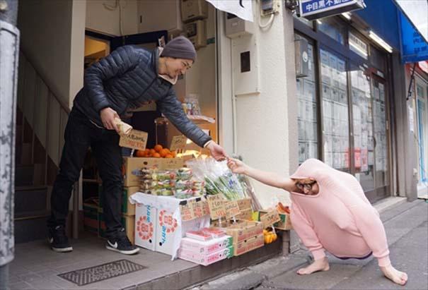 Ιάπωνας βρήκε τον πιο αλλόκοτο τρόπο για να ζεσταθεί με ένα πουλόβερ (10)