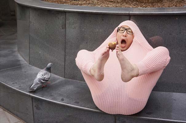 Ιάπωνας βρήκε τον πιο αλλόκοτο τρόπο για να ζεσταθεί με ένα πουλόβερ (12)