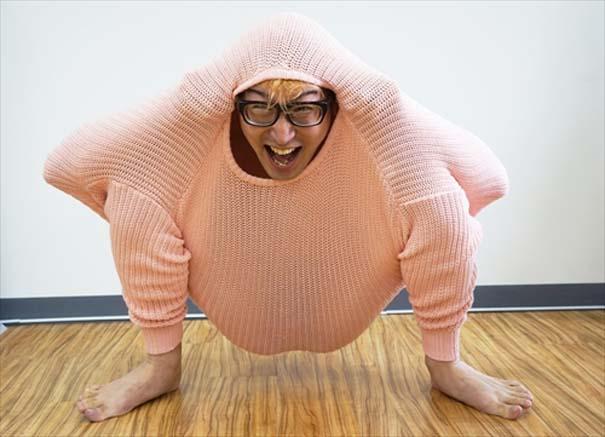 Ιάπωνας βρήκε τον πιο αλλόκοτο τρόπο για να ζεσταθεί με ένα πουλόβερ (13)