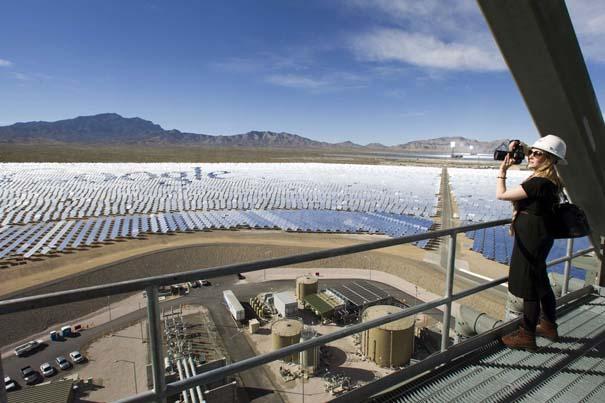 Ο μεγαλύτερος ηλιακός σταθμός παραγωγής ηλεκτρικής ενέργειας στον κόσμο (6)