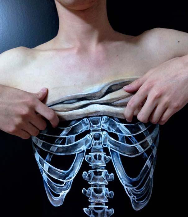 Οφθαλμαπάτες με body painting που τρελαίνουν το μυαλό (13)