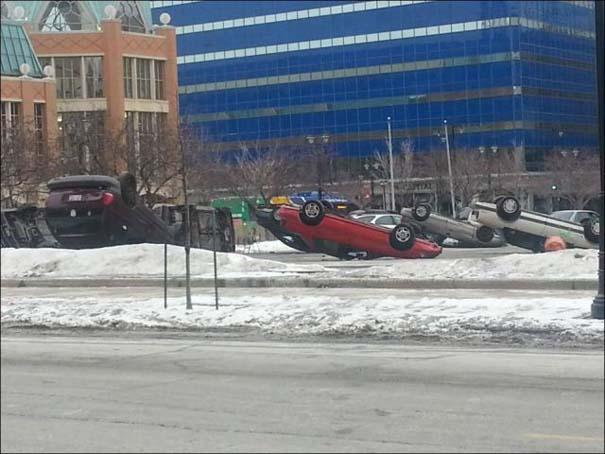 Περίεργο φαινόμενο σε parking αυτοκινήτων (1)