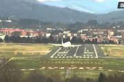 Προσγειώσεις με δυνατό άνεμο στο Bilbao της Ισπανίας