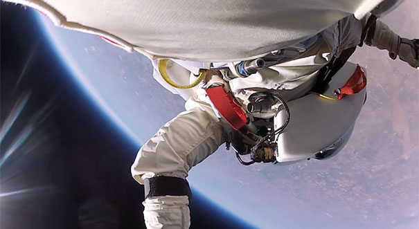 Η πτώση Felix Baumgartner από το διάστημα σε πρώτο πρόσωπο