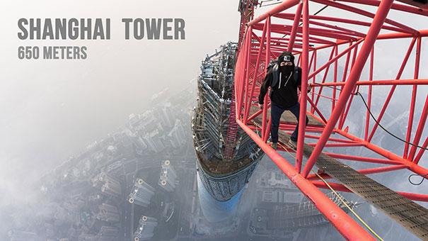 Σκαρφαλώνοντας στο Shanghai Tower ύψους 650 μέτρων