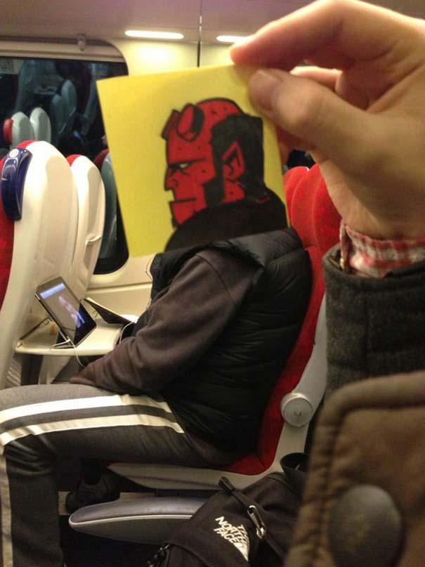 Σκιτσογράφος βρήκε έναν πολύ δημιουργικό τρόπο για να περνάει η ώρα στο τρένο (5)