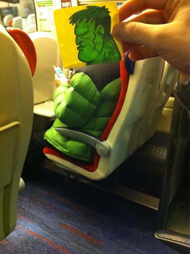 Σκιτσογράφος βρήκε έναν πολύ δημιουργικό τρόπο για να περνάει η ώρα στο τρένο (10)