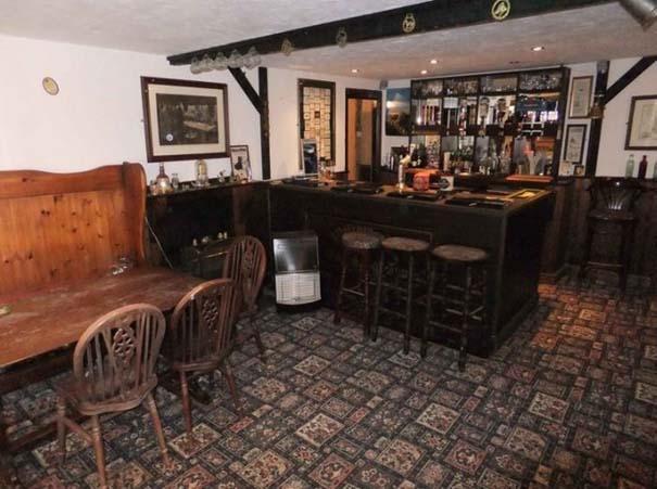 Σπίτι με ιδιωτική Pub (14)