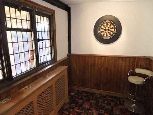 Σπίτι με ιδιωτική Pub (15)