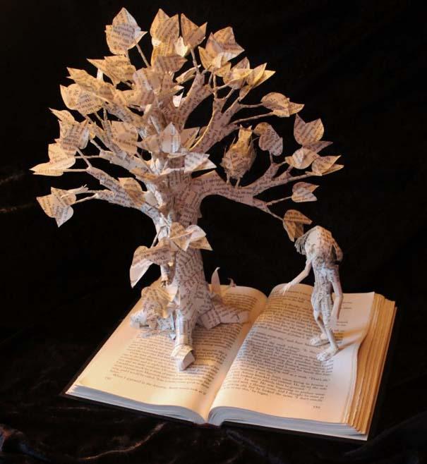 Βιβλία μετατρέπονται σε γλυπτά που ζωντανεύουν (17)