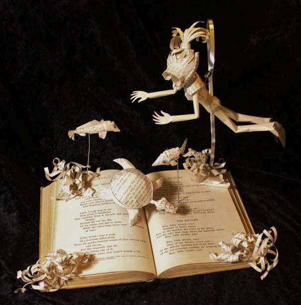 Βιβλία μετατρέπονται σε γλυπτά που ζωντανεύουν (19)