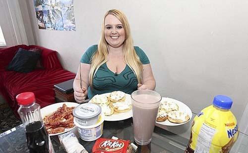 23χρονη έχει σαν στόχο να φτάσει τα 190 κιλά (5)