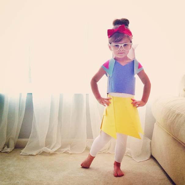4χρονη δημιουργεί με τη μητέρα της εκπληκτικά φορέματα από χαρτί (6)