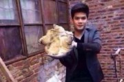 Αυτός ο τύπος ανακάλυψε γιατί είναι κακή ιδέα να φιλήσεις μια χελώνα