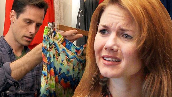 Άνδρες αγοράζουν ρούχα για τις γυναίκες τους