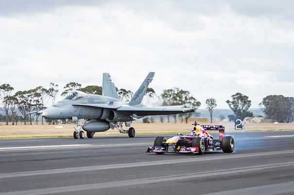 F1 vs F/A-18 Hornet