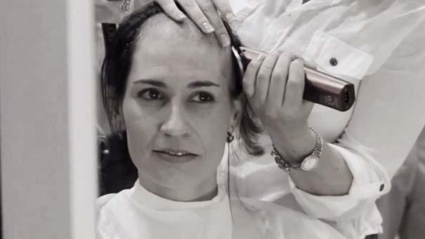 Όταν οι φίλες μιας γυναίκας έμαθαν ότι πάσχει από καρκίνο, έκαναν κάτι που θα σας κάνει να δακρύσετε... (2)