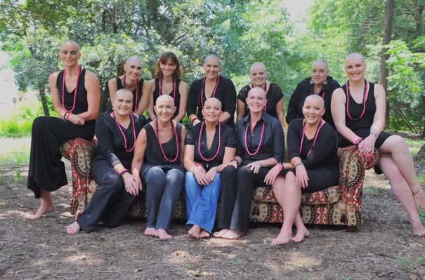 Όταν οι φίλες μιας γυναίκας έμαθαν ότι πάσχει από καρκίνο, έκαναν κάτι που θα σας κάνει να δακρύσετε... (8)