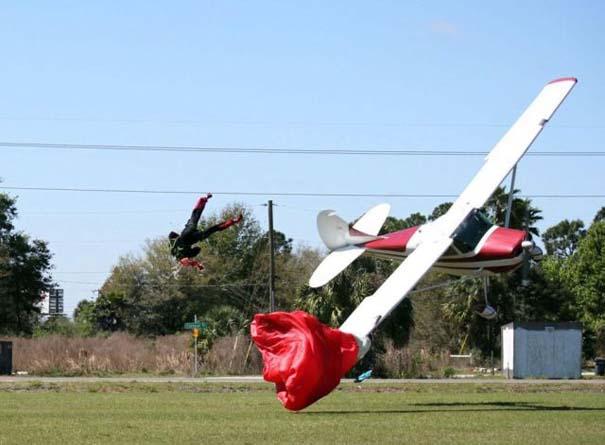 Καρέ καρέ η σύγκρουση ενός skydiver με αεροπλάνο στον αέρα (7)