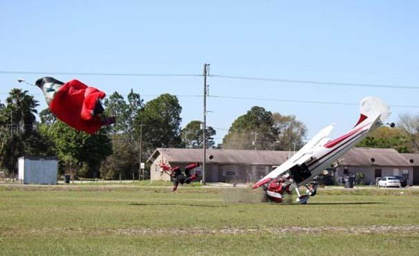 Καρέ καρέ η σύγκρουση ενός skydiver με αεροπλάνο στον αέρα (11)