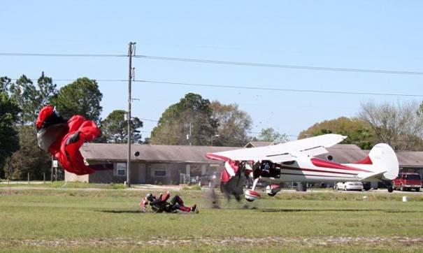 Καρέ καρέ η σύγκρουση ενός skydiver με αεροπλάνο στον αέρα (12)