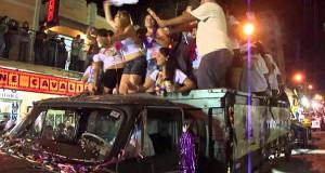 Ο άνθρωπος που κατάφερε να καταστρέψει το καρναβάλι μιας πόλης σε ελάχιστα δευτερόλεπτα (Video)