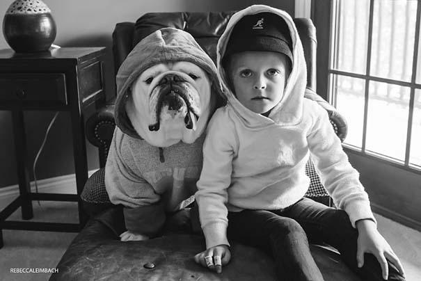 Κοριτσάκι με αγγλικό bulldog (22)
