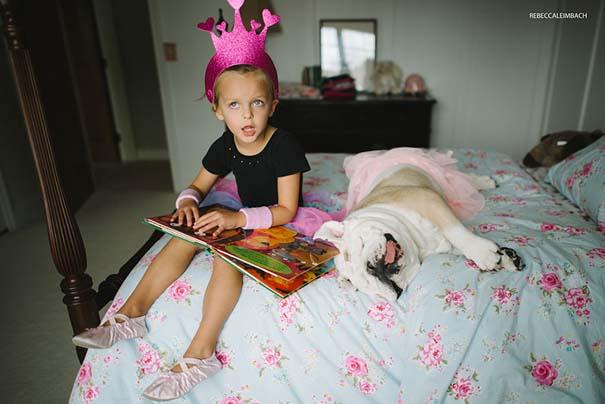 Κοριτσάκι με αγγλικό bulldog (28)