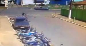 Μάλλον δεν ήταν η τυχερή του μέρα… (Video)