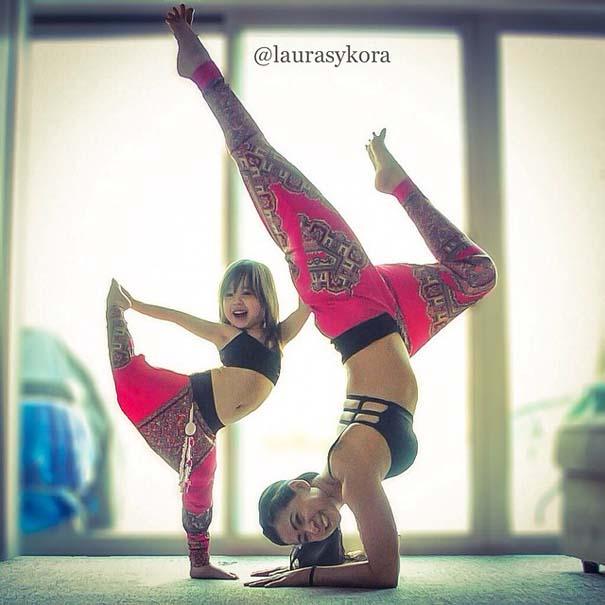 Μητέρα και 4χρονη κάνουν Yoga (4)