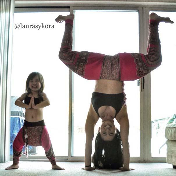 Μητέρα και 4χρονη κάνουν Yoga (5)