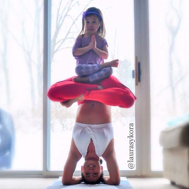 Μητέρα και 4χρονη κάνουν Yoga (6)