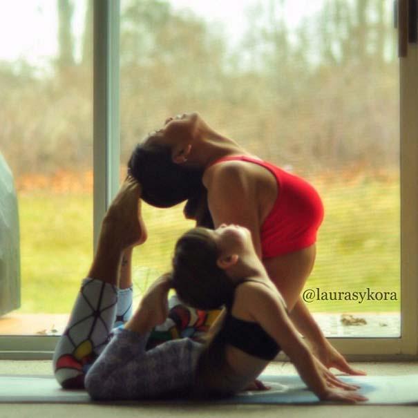 Μητέρα και 4χρονη κάνουν Yoga (9)