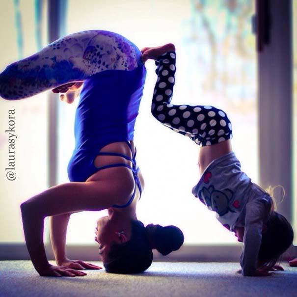 Μητέρα και 4χρονη κάνουν Yoga (10)