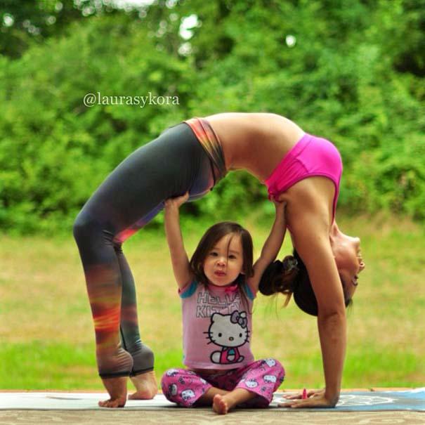 Μητέρα και 4χρονη κάνουν Yoga (15)